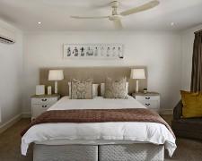 downsizing redecorate bedroom seniors